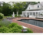 CLASSIC EAST HAMPTON TRADITIONAL