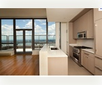 In the heart of CHELSEA,Studio with PANORAMIC SKYLINE VIEWS, Luxury FULL SERVICE BLDG
