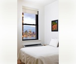 Amazing 2BD with Alluring River Views in Luxury Hi-Rise in FiDi !!!
