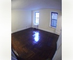 Great price on a Studio in Greenwich Village.