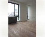 2BATH/PENTHOUSE /HUGE PRIVATE OUTDOOR SPACE/W18 st/5th Ave/DOORMAN BLUILDING/FLAT IRON/STEPS FROM UNION SQUARE