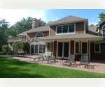EAST HAMPTON 6 BED WITH POOL, TENNIS AND BASKETBALL