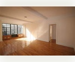 SPACIOUS Studio with Elevator and Concierge in the Village!***