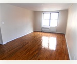 SPACIOUS Studio with Elevator, Laundry, Garage and Doorman in the Village!***